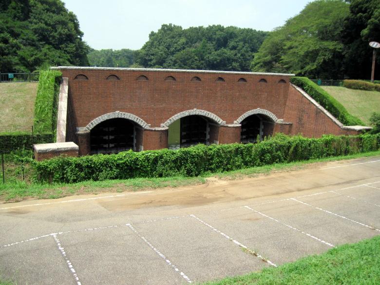復元された反町閘門橋