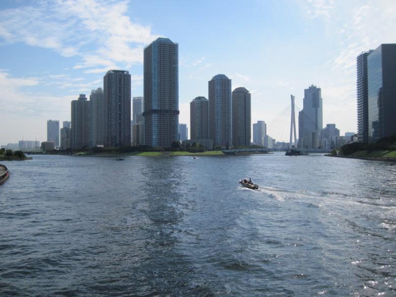 隅田川と豊洲運河の分岐点