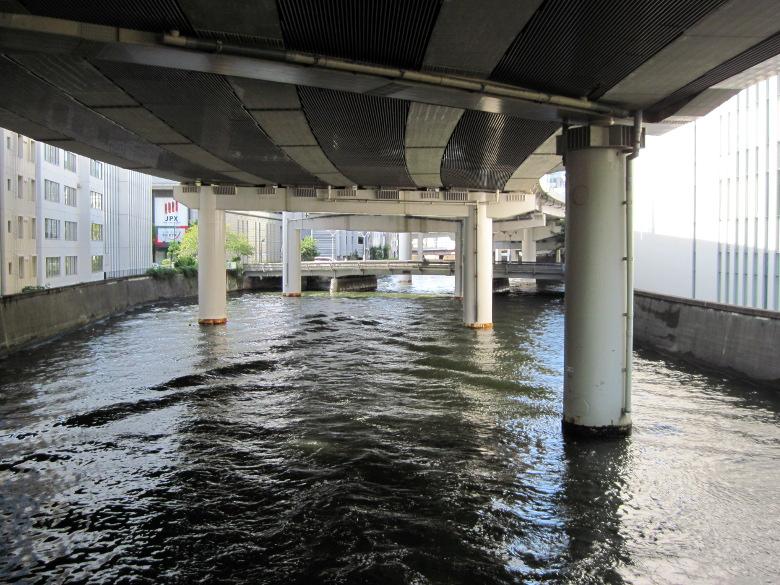 茅場橋から上流を望んだ風景