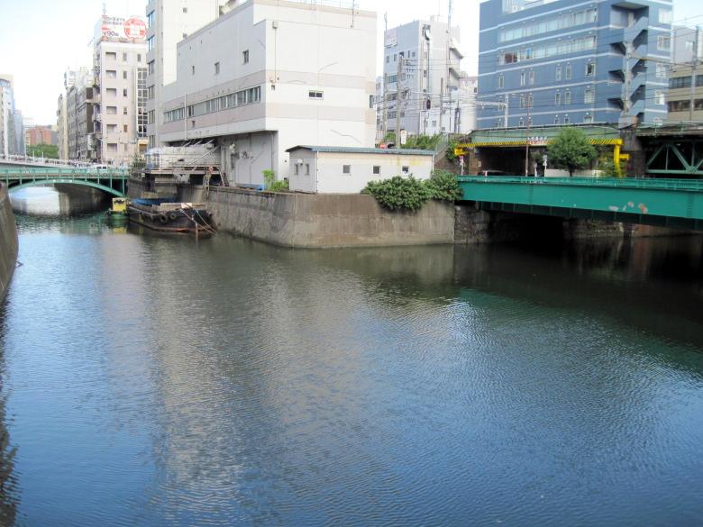 日本橋川と神田川の分岐点