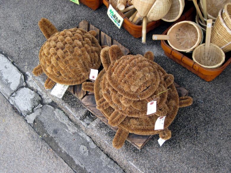 亀の親子タワシ