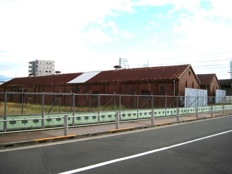 大正6年建造の旧第三実験棟と旧第四実験棟