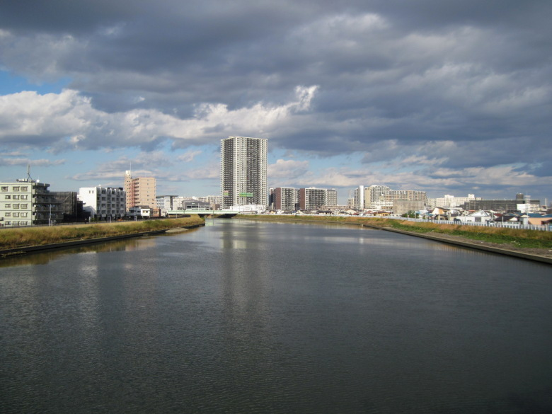 中川橋から金町方面を見たときの光景