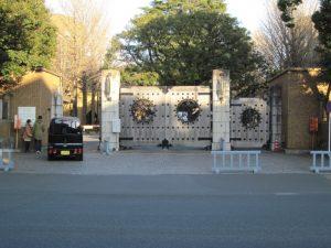 東大弥生門