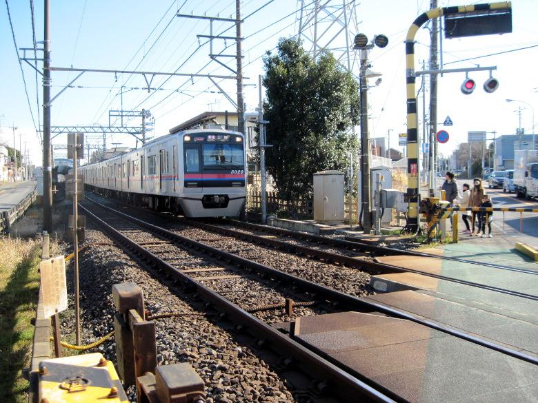 京成線の踏切