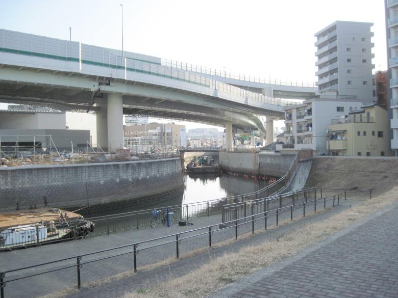 くねる石神井川