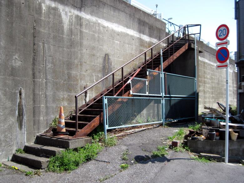 封鎖された階段