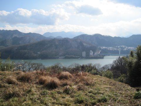 相模湖と勝瀬橋