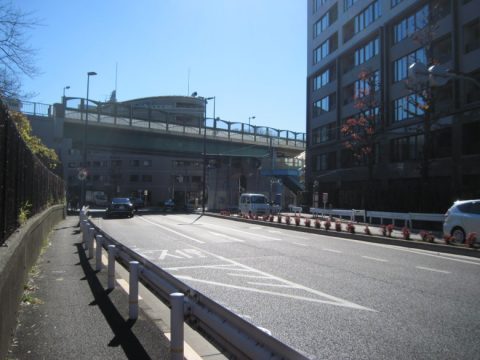 環状四号線と都道413号線の立体交差