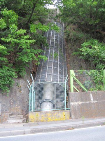 柏尾発電所の水圧鉄管