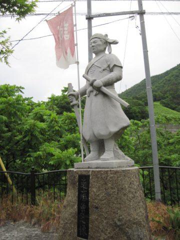 柏尾古戦場にある近藤勇之像