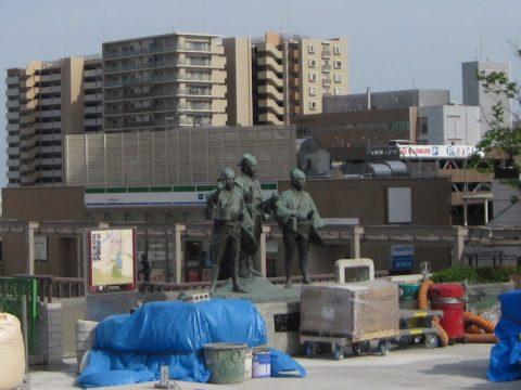 水戸黄門の像?