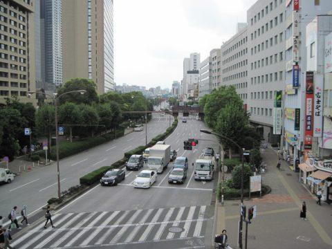飯田橋の歩道橋から見た環状二号線