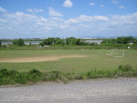 天竜川左岸堤防からの眺め