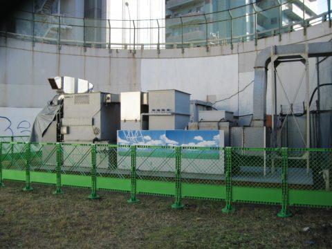 大坂橋自動車排出ガス測定局の電気集塵および脱硝装置