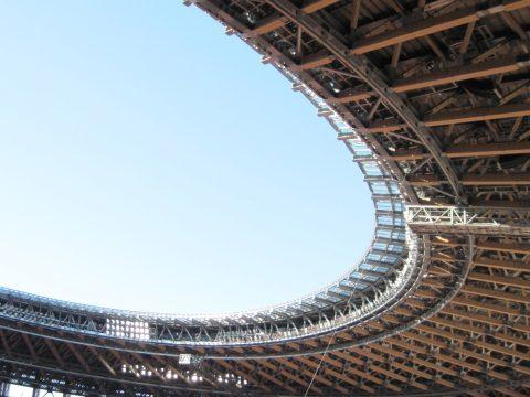 屋根の複雑な構造