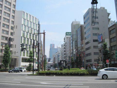 須田町の交差点