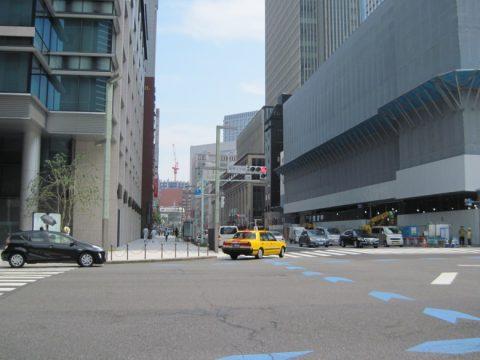 室町3丁目の交差点