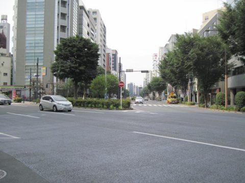 東日本橋の交差点