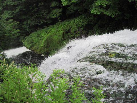 上から見た湯滝