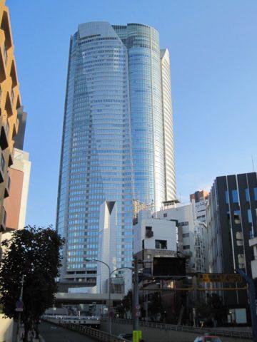 六本木ヒルズ54階建てビル