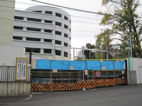 解体工事中の築地市場